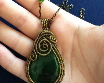 Spiritual Handmade Healing Green Agate Gemstone Antique Bronze Wire Wrapped Necklace