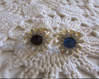 Vintage Pair of Hippie Flower Rings - FREE SHIPPING!!!