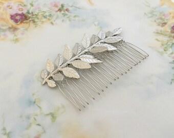Silver Leaf Hair Comb.Grecian Hair Comb.Silver Leaf Bridal headpiece.Silver Branch.Leaf fascinator.Leaf hair accessory.wedding hair piece