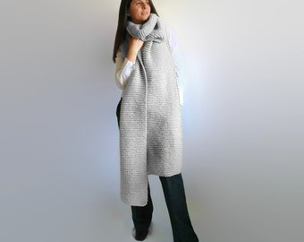 Silver Gray Wool Chunky Knit Scarf, Oversize, Mens Extra Long Scarf, Winter Scarf, Womens Scarves, Cute Scarf, Wrap Scarf, Unisex Scarf