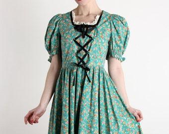 SALE - Dirndl Dress Corset Tie. Vintage Frock