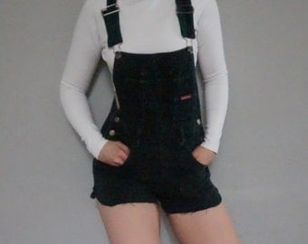 goodfellows denim overalls coveralls cut off american faded black club kid hipster kitsch women shorts scalloped overall small S women's 90s