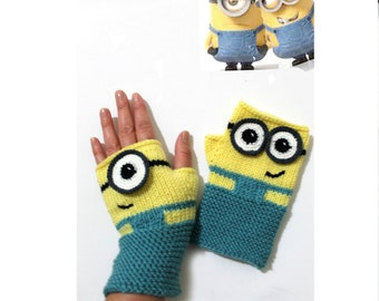 Minions Hand Knit / Fingerless Gloves / Yellow Color / Boys and Girls / Winter Fashion 2016 / Size M - S