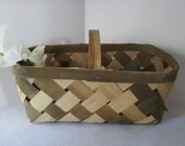 Harvest Basket, Vintage, Garden Flower Vegetable Gathering, Fall Display, Open Storage, Candy Yarn Paper Holder
