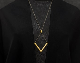 Chevron Necklace, V Necklace, Gold Necklace, Statement Necklace, Necklaces For Women, NB009