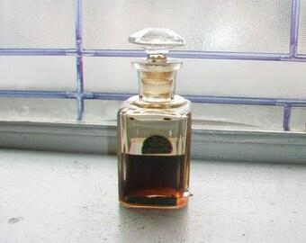 Parfum B Perfume Bottle Mandel Brothers Chicago Vintage 1920s