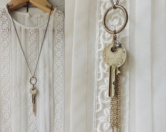 Vintage Key Necklace/Long Chain/Rhinestone/Engraved Key/Antique Key/Steampunk/Victorian/Abstract/Circle/Boho Chic/Modern Vintage/Y necklace