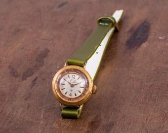 Chaika womens watch,vintage womens watch,gold ladies watch,watches for women,womens watches,retro ladies watch,mechanical ladies watch