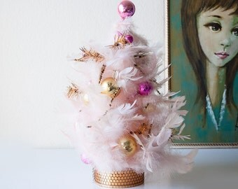 Vintage pink feather tree christmas decoration retro handmade holiday decor table top tree glass balls gold bead picks