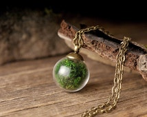 Real moss necklace, nature necklace, green necklace, tiny necklace, moss pendant, antique brass necklace, glass vial necklace, glass pendant