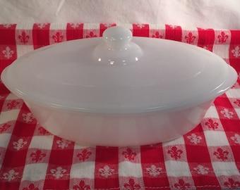 Glasbake Covered Casserole Dish, White, 1 quart J-235