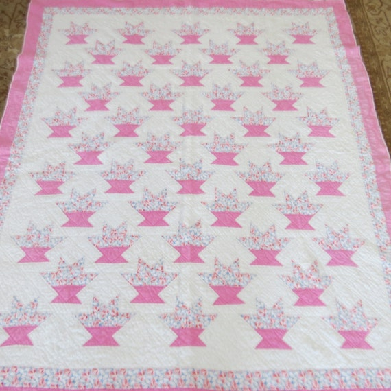 Vintage Quilt Patchwork Flower Basket Pink White Primitive