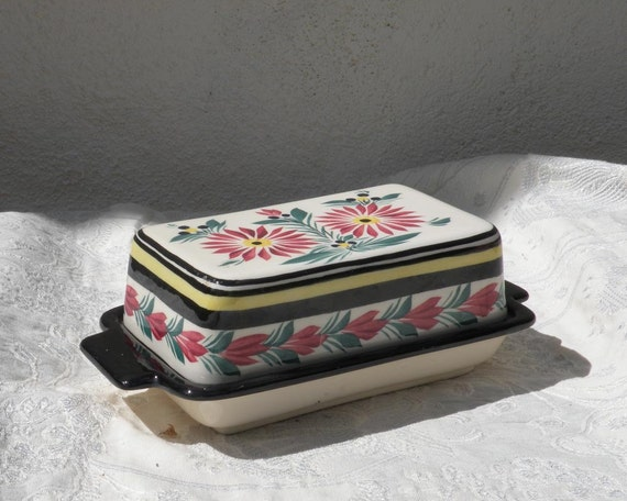 French vintage Quimper butter dish, ceramic butter dish, vintage butter dish, hand painted, butter dish, Vintage kitchen, Quimper faience