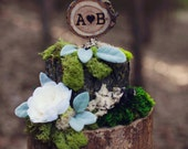 Rustic Wedding Cake Topper with Initials // Tree Slice Cake Topper