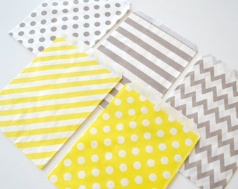 "25PK - Gray & Yellow 5"" X 7"" Treat Bags // Party Favor // Paper Bag"