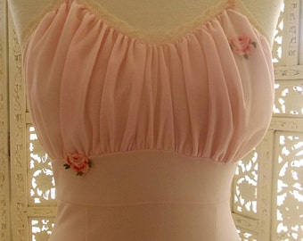 Pretty 50s-60s pink Hilton Bri-Nylon nylon nightie has ruched nylon layer at the bodice with motifs between layers & on top. 34 inch bust