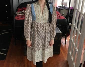 Vintage Prairie Dress Mid Length 1970s