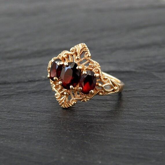 Garnet Filigree Ring 10k Yellow Gold Size 7 Three Stone