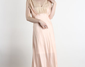 SALE - 1930s Peach Maxi Night Gown