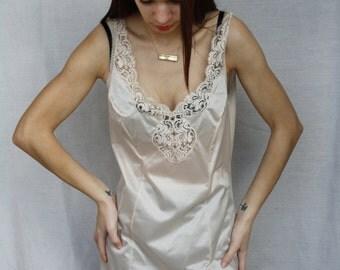 Women's under dress lace undergarment chemise slip Vintage petticoat women beige chemise lace chemise full length chemise sleeveless size 42