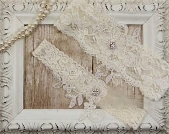 Ivory Lace Wedding Garter Set , Customizable Ivory Lace Garter Set, Toss Garter and Keepsake Garter, Bridesmaid Gift, Prom, Wedding Gift
