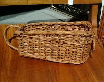 Vintage Wicker Wine Bottle Hold, Wicker basket, vintage wicker basket, home décor, wine bottle holder