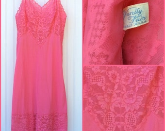 60s Vanity Fair Dress Slip | Vintage Lingerie Slip Rose Pink Nylon Lace | S