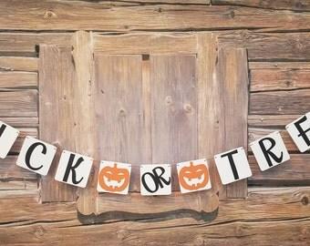 Trick Or Treat Banner, Halloween Banner, Halloween Pumpkin Banner, Halloween Decoration, Happy Halloween Pumpkin Banner, Halloween Decor