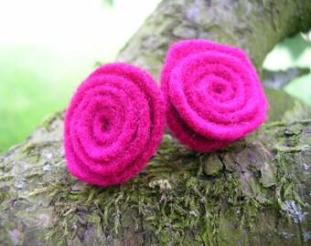 Fuchsia pink felt stud earrings