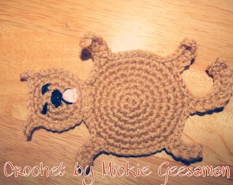 Crochet smushed cat coaster