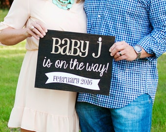 Pregnancy Announcement Prop: Baby on the Way! - Baby Announcement Photo Prop