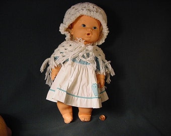 Vintage Old Collectible * Doll * Kenner * 1973 * Toy Crocheted Hat Shaw