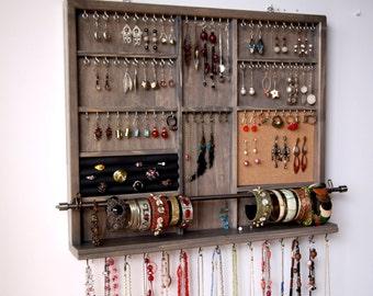 Items similar to jewelry organizer wall mount earrings - Fabriquer porte bracelet ...