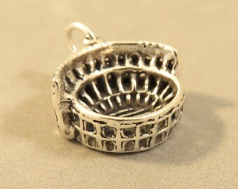 Sterling Silver 3-D ROMAN COLOSSEUM Charm Pendant Europe Rome Italy Ruins Coliseum Flavian Amphitheater Forum .925 Sterling Silver New tr73