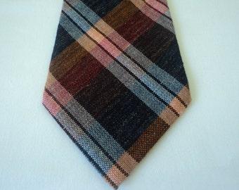 REDUCED - Vintage tartan neck tie (03123)