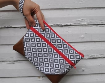 Gray and Hot Pink Diamonds Wristlet