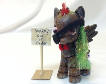 Custom My Little Pony G4 Figure: Old Rusty Pirate Rainbow Dash Animatronic