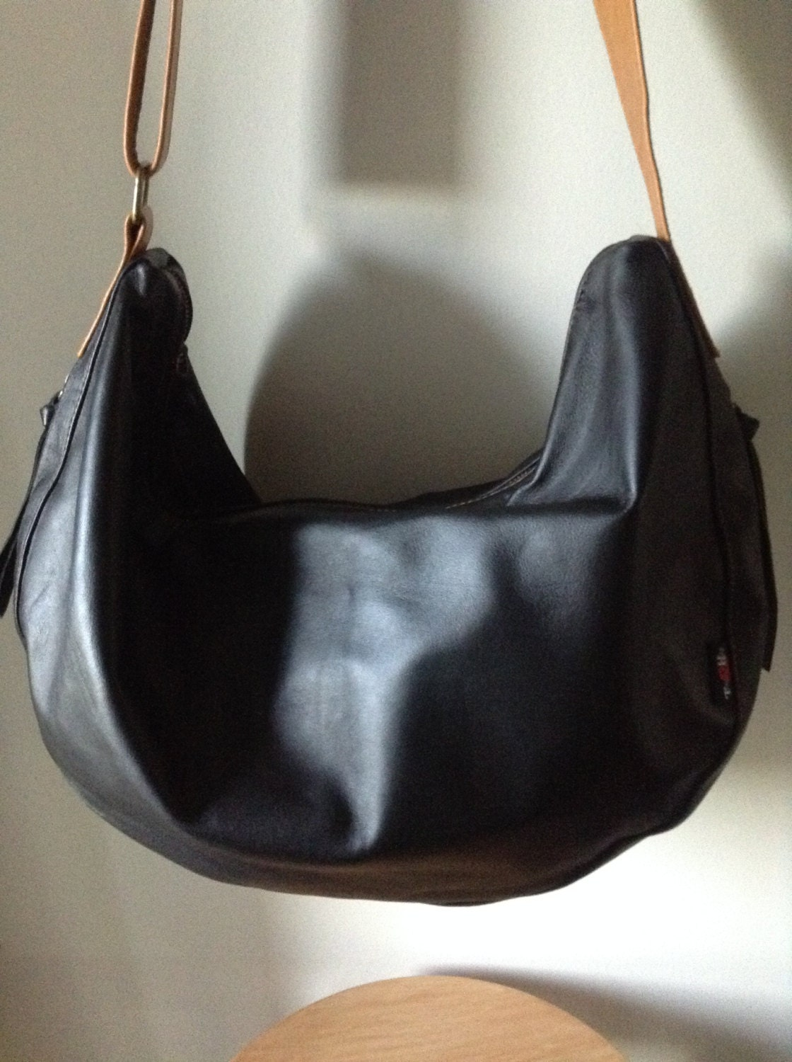 Slouch hobo soft leather shoulder bag. Cross body with wide