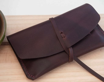 Leather tobacco pouch. Tobacco pouch. Leather rolling tobacco case. Leather pouch. Leather snuff pouch. Leather tobacco case