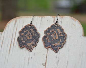 Etched Lace Earrings - Small