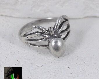 Sterling Silver - Tarantula Spider 2.7g - Ring (4.5)