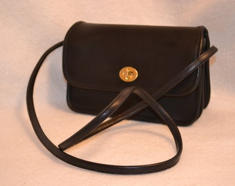 Vintage COACH Black Leather Small COMPARTMENT Bag 9845 USA! Rare!