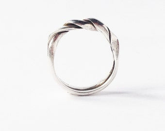 Silver twisted ring. Pure. One-of-a-kind. Fine Jewelry. Geometrical. Modern Minimalist.
