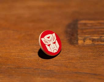 Transformers Autobot Logo Pin Optimus Prime Bumblebee Jazz Decepticons More Than Meets the Eye Brawn Space Bridge Cybertron Spike Witwicky