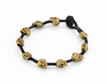 Skull Bracelet. skull jewelry. macrame bracelet. burning man jewelry. rustic jewelry. boho jewelry. bohemain bracelet. tribal bracelet.