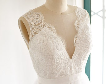 Sheer Illusion Lace Tulle Beach Boho Wedding Dress Bridal Gown