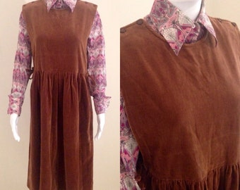 1970s retro brown velvet pinafore size 14 by Katies