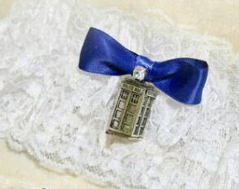 Doctor Who Wedding Garter - Blue Tardis Wedding Garter, DOCTOR WHO WEDDING, Dr. Who lingerie garderbelt, Geekery Wedding accessories
