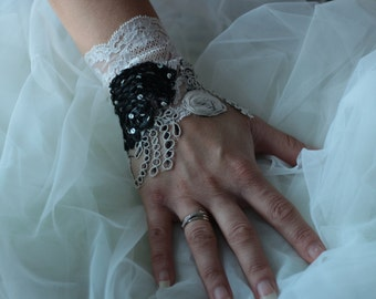 Clearance 30% cuff lace, ivory wedding lace cuff