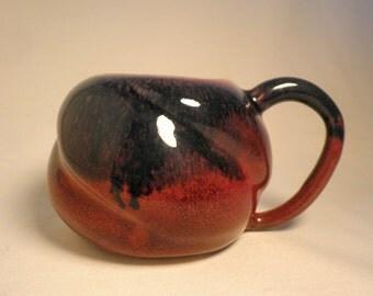 Blue/Red Twisted Pot Bellied Mug